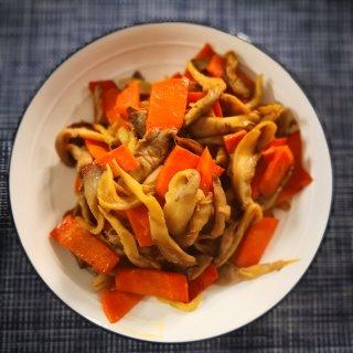 平菇炒胡萝卜