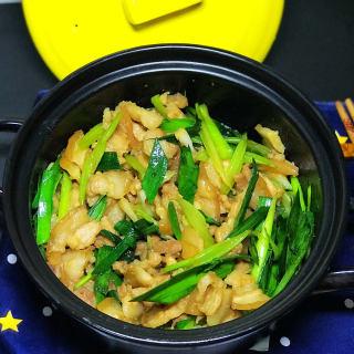 砂锅炒五花肉