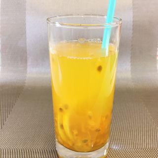百香果柠檬水