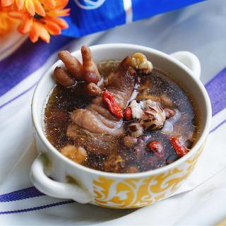 芡实红豆鸡腿汤