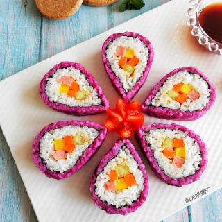 紫薯花瓣寿司