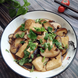 香菇烧豆腐