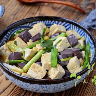 羊血炒豆腐