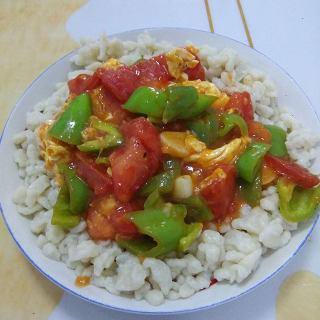 西红柿鸡蛋盖浇疙瘩汤