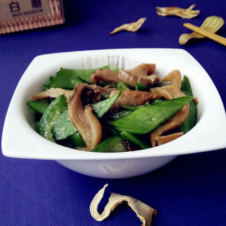 白蘑炒丝瓜