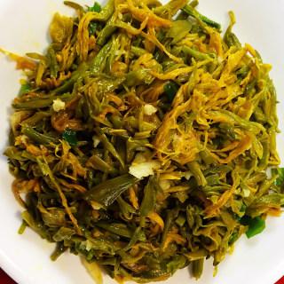 蒜泥黄花菜