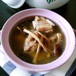 茶树菇排骨汤