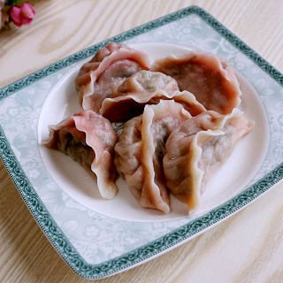 猪肉红苋菜饺子