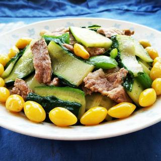 白果黄瓜炒肉片