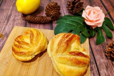 爱心椰蓉面包