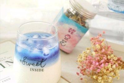 蓝色恋蝶豆花牛奶