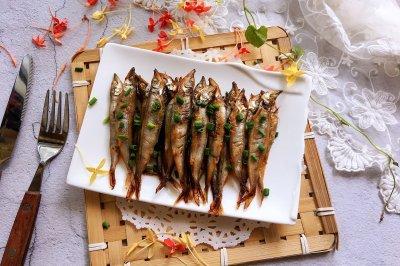 辣烤多春鱼