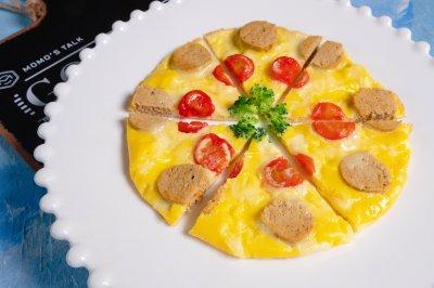 鸡蛋肉肠披萨