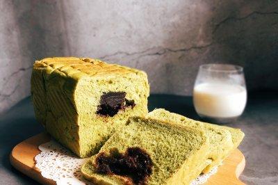 夏日一抹绿抹茶豆沙吐司