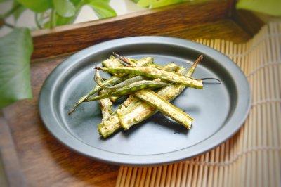 黑胡椒烤秋葵西餐配餐