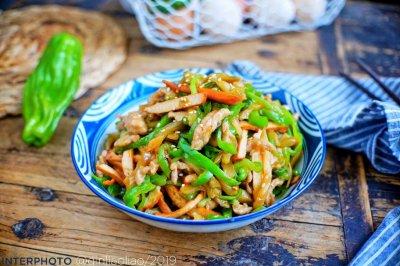 榨菜青椒肉丝炒香干