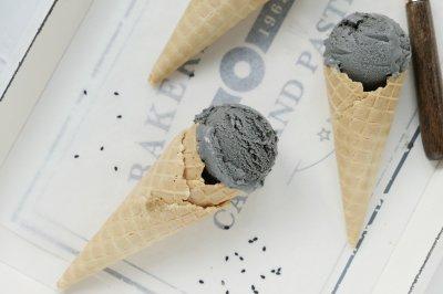 黑芝麻冰淇淋