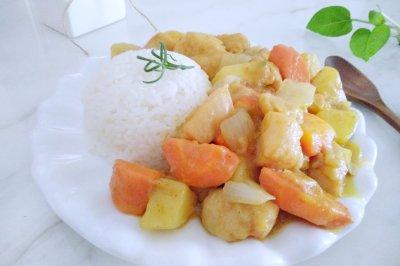 香浓咖喱鸡肉饭