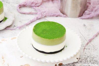 双色慕斯蛋糕