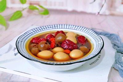 桂圆红枣鹌鹑蛋糖水