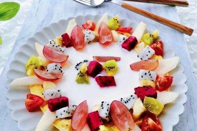 缤纷水果酸奶蛋饼
