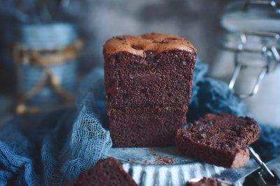 巧克力切块蛋糕