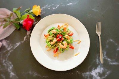 好看又好吃的虾仁豆角花沙拉