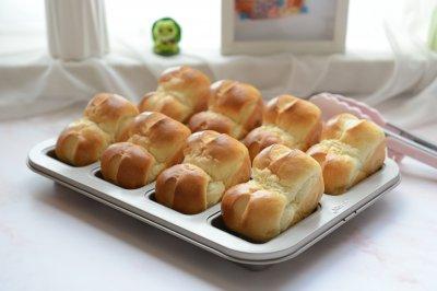 炼奶小吐司面包