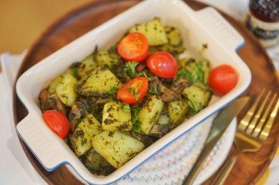 3步骤懒人烤箱菜罗勒青酱培根土豆