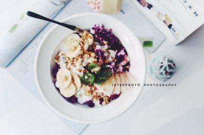 紫薯麦片酸奶碗