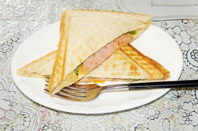 快手早餐火腿水果三明治