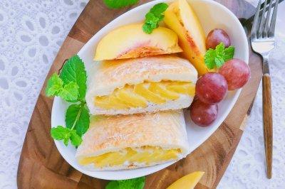 酸奶黄桃三明治