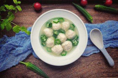 低脂健康鸡肉丸汤
