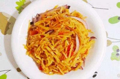 西红柿洋葱土豆丝炒饼