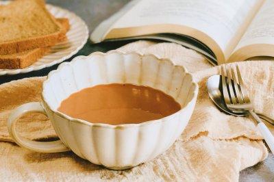在家轻松做港式热奶茶