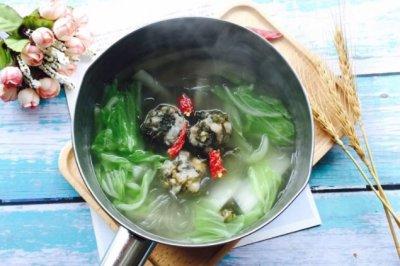 紫菜肉丸子大白菜粉丝汤