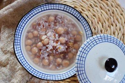 杂粮薏米丸子