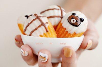 可爱的小熊百香果玛德琳