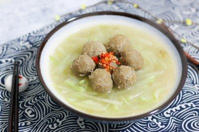 牛丸萝卜丝汤