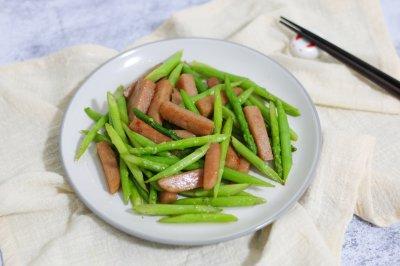 芦笋炒午餐肉