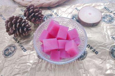 火龙果汁桄榔粉冻