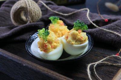 鱼糕鸡蛋沙拉杯