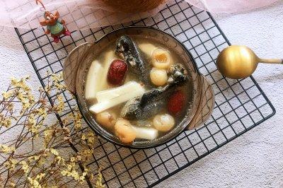 清甜椰子乌鸡汤