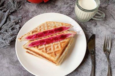火龙果酸奶三明治
