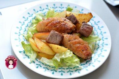 烤鸡翅牛肉土豆块