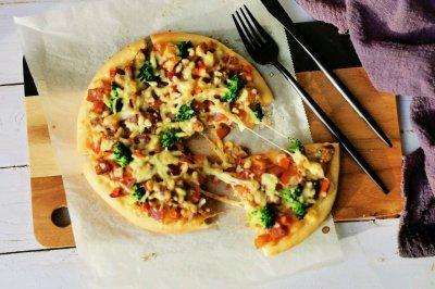 什锦羊肉披萨