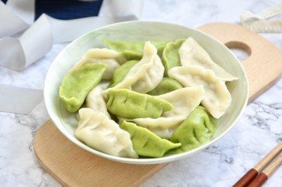 手工菠菜水饺