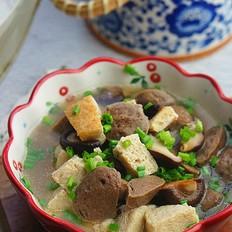 香菇冻豆腐焖牛肉丸