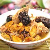 猪骨淡菜红枣汤