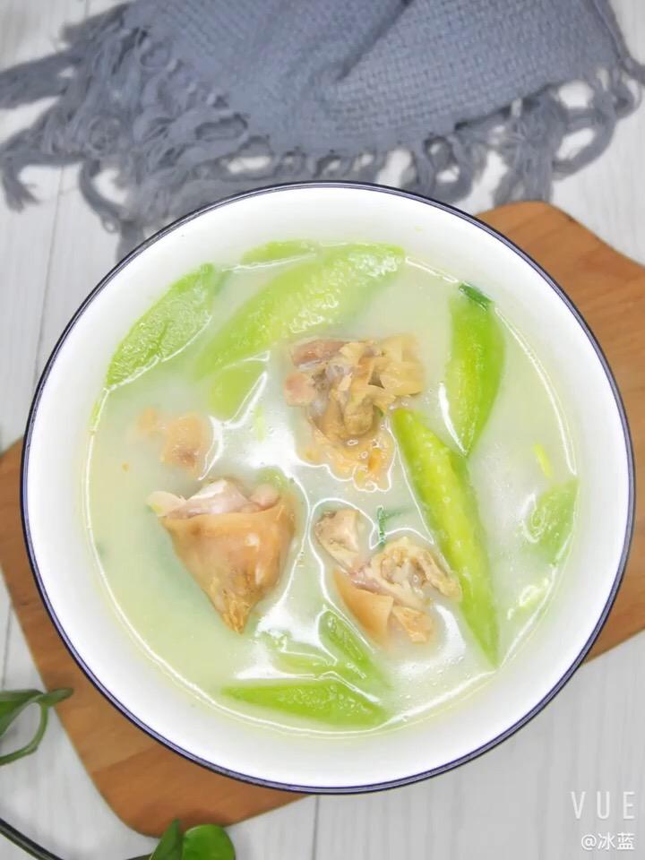 黄瓜炖咸猪手
